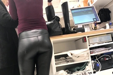Fine milf in den tight leather pants vtl