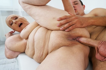 Mom mature granny grandma cheating fat bbw chubby