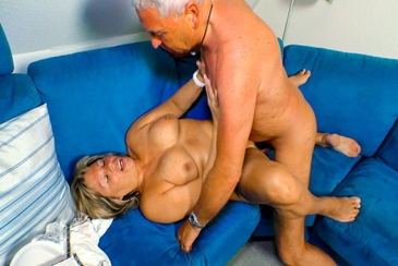 Oma old deutsche german grandma masturbation